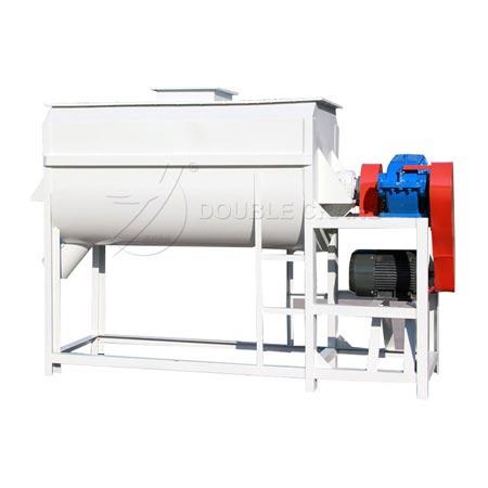 Horizontal feed mixing machine