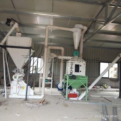 Ligne de granulés d'alimentation de poulet de la Chine 1TPH